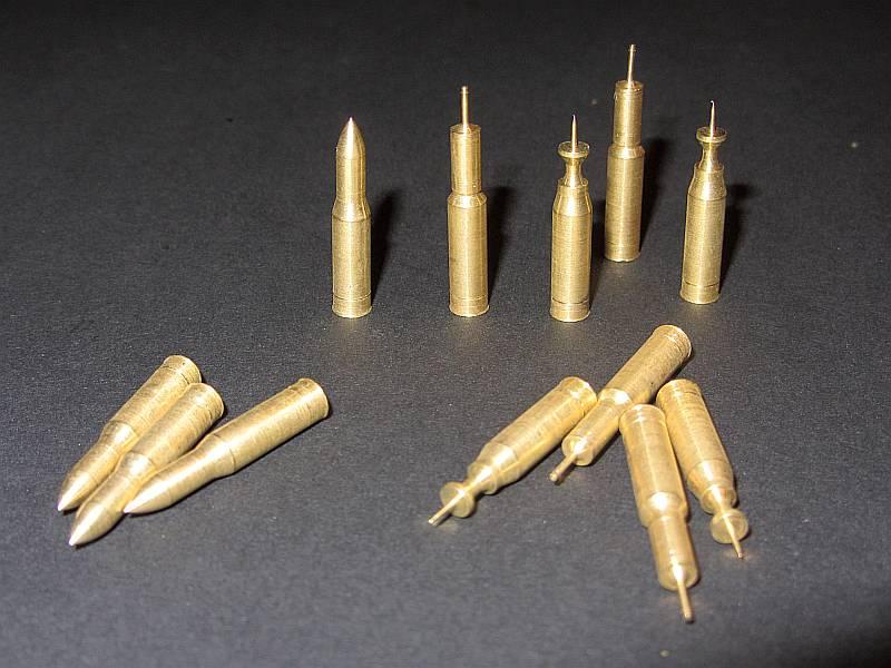 120 mm Nato Standard Munition in 3 Ausführungen, Spreng, Pan...