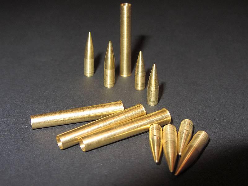 12,8 cm Munitionsset 12 Teile für Sturer Emil, Jagdtiger und...